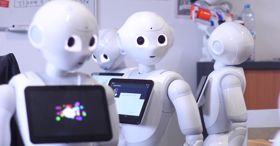 Pepper intuitive robots office