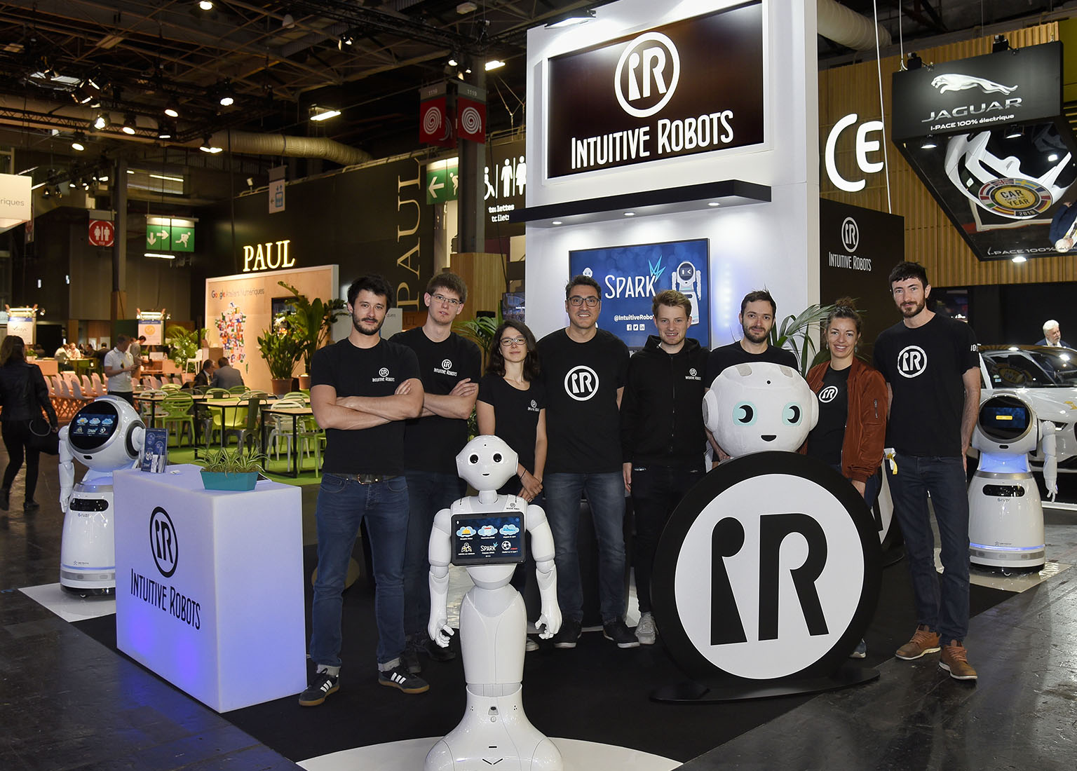 intuitive robots team vivatech