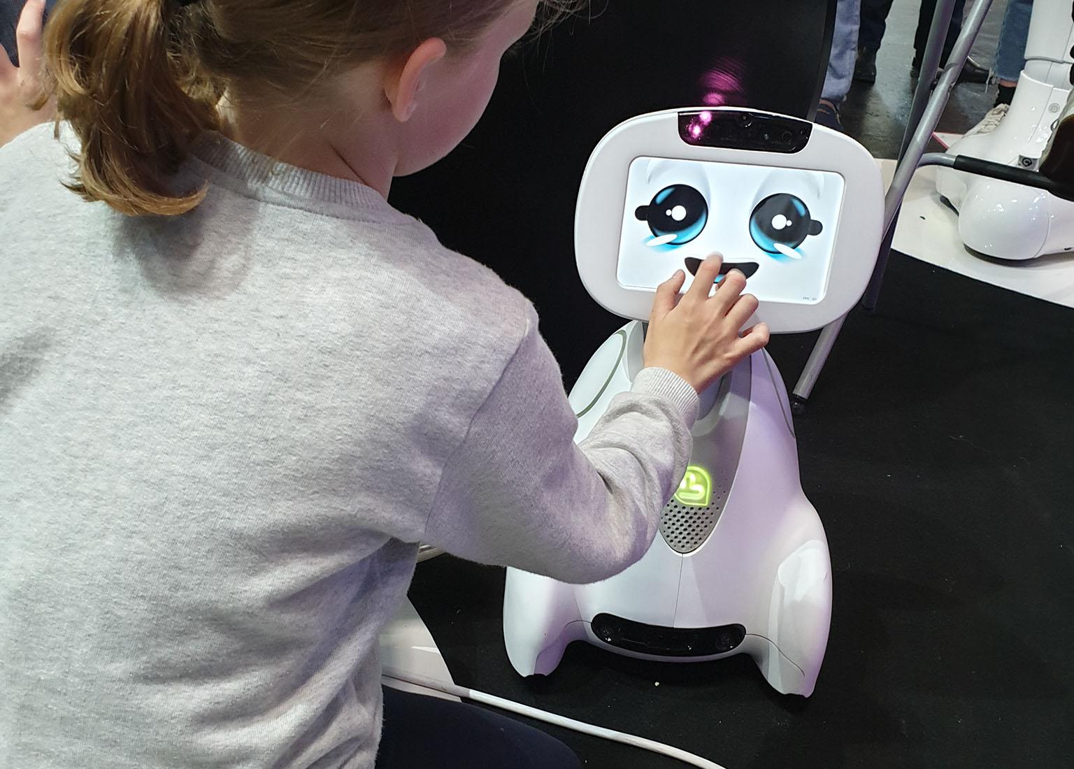 buddy robot blue frog robotics vivatech 2019