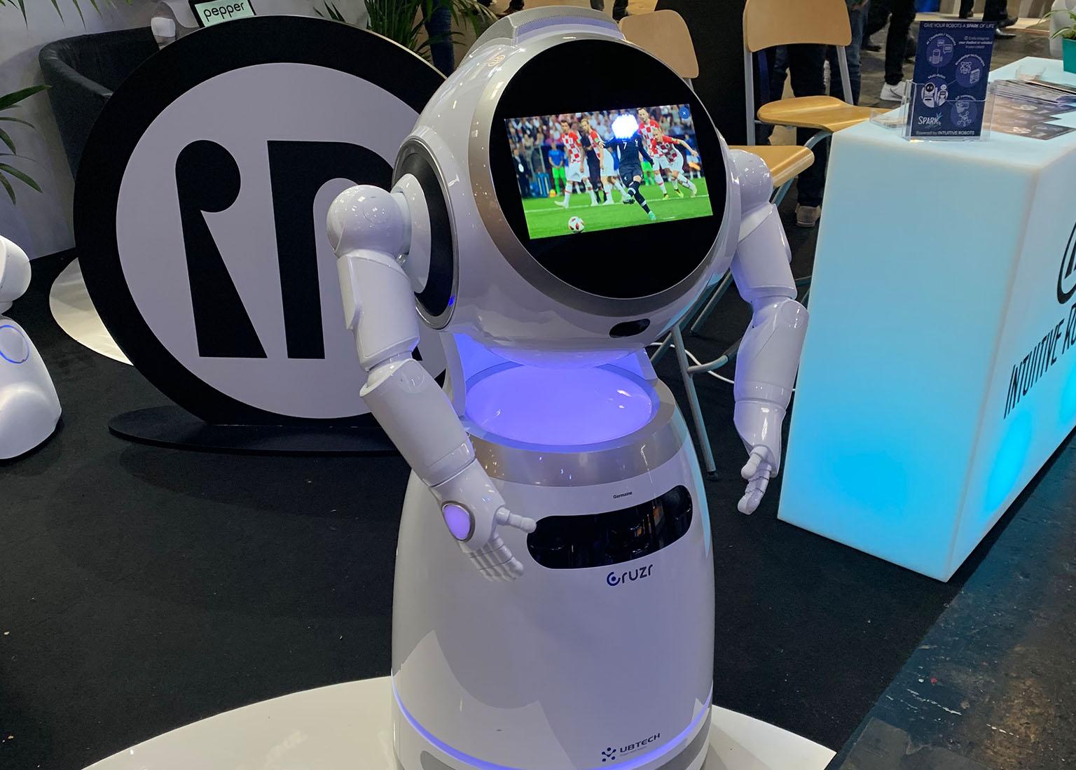 ubtech cruzr robot vivatech