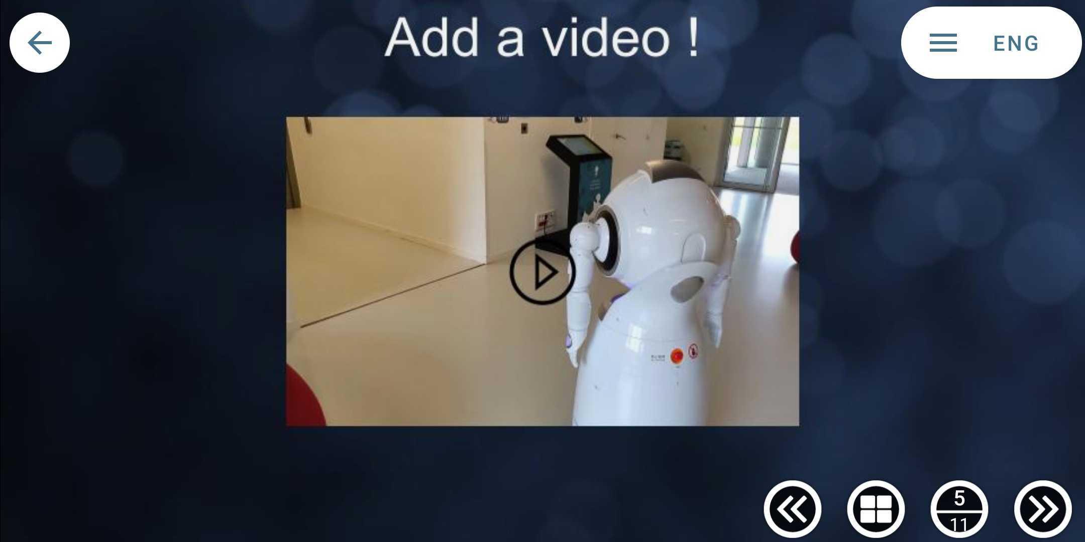 robot presenter 5